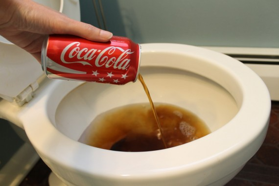 7 طرق مختلفة لتنظيف حمام منزلك